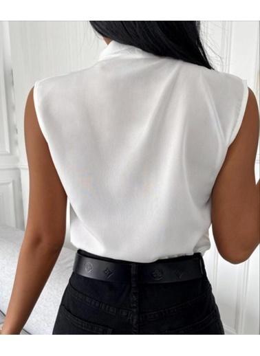BLACK&GRACE Kadın Lila Sıfır Kol Onden Biyeli Gömlek Beyaz